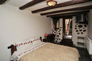 Garibaldi bedroom